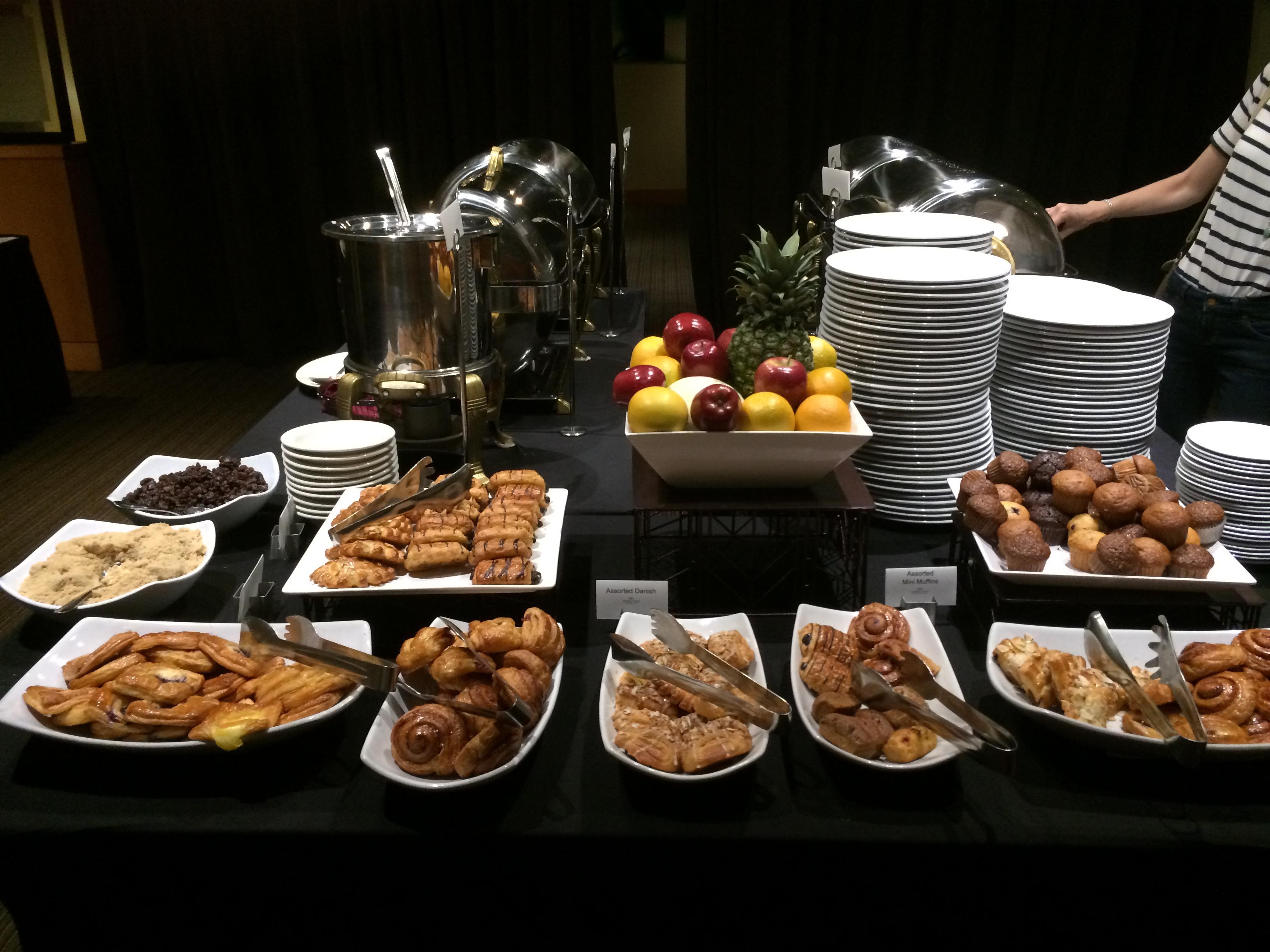 Buffet Cuisine But Elegant Rangemement Desserte Indus Chne Et  # Buffet Bas Et Long Blanc