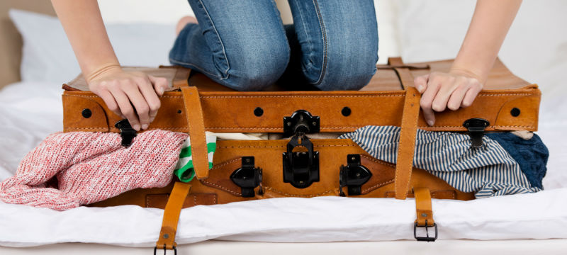 http://www.thomascook.com/blog/trip-tips/your-holiday-packing-list-and-top-tips/